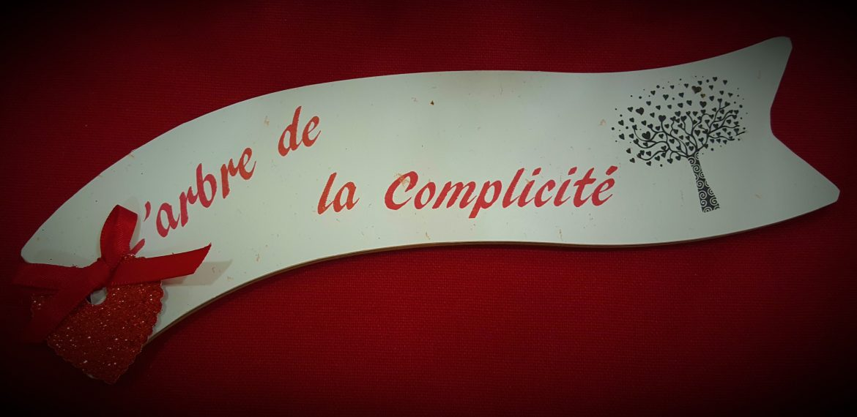 Salon du mariage d'Issoudun (36) – Décoration de table Thème Arbre à coeurs